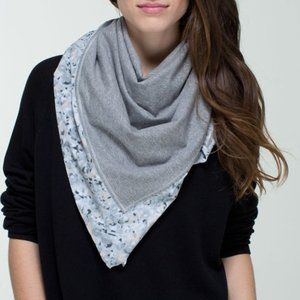 Lululemon Throw Me Over Scarf So Petite Fleur
